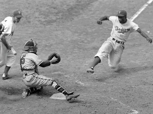 Jackie Robinson steals home successfully