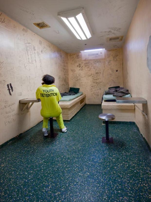 010-Kidsinjail-Crimesider.jpg