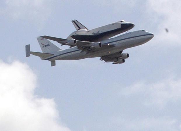 Shuttle_AP120427024753.jpg