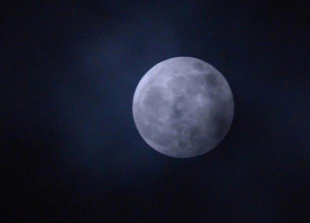 Moon_143942348.jpg
