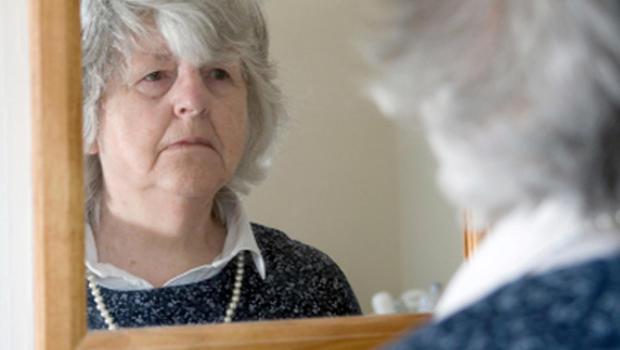 Social isolation may shorten the lives of seniors - CBS News