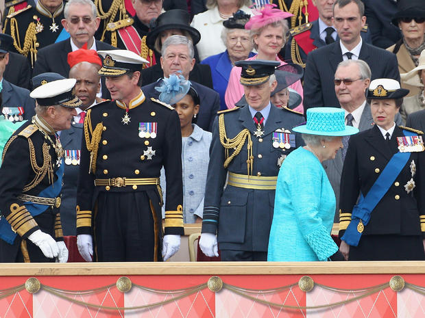 Military parade for queen's jubilee