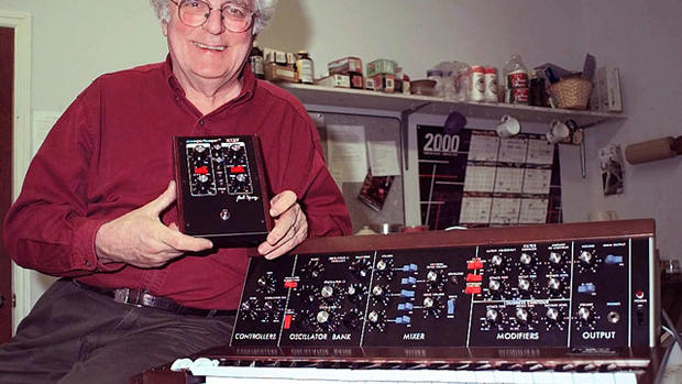 Google honors synthesizer inventor Bob Moog with doodle