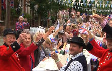 Brits celebrate Diamond Jubilee on the streets