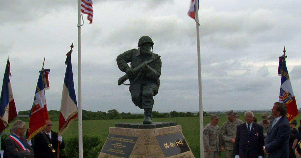 D-Day  Statue of  Band of Brothers  hero Richard Winters unveiled - CBS News 9de2a8d00