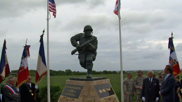 Dick Winters statue