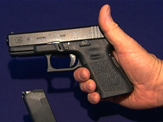 Aurora massacre stokes gun-control debate