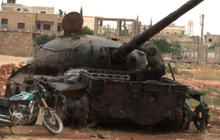 Syrian forces using heavy weapons to attack rebels