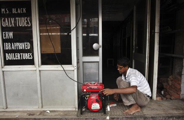 032-IndiaPowerLoss.jpg