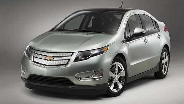 Gm Hopes For A Mile Range Electric Car Ceo Cbs News