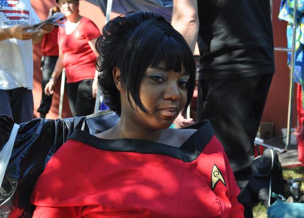 Trek_Dana_Thompson_as_Uhura.jpg