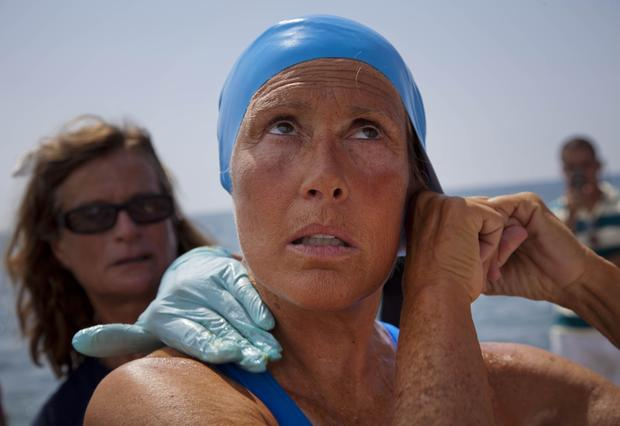 Cuba-to-Fla. swimmer pulled from water