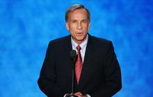 Mormon pastor highlights Romney's faith and service