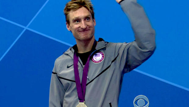 Bradley Snyder won the gold medal in the men's 100-meter freestyle at the Paralympics.