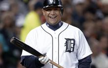 MLB Triple Crown: Cabrera makes history