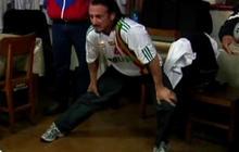 Sean Penn plays soccer with Bolivian president