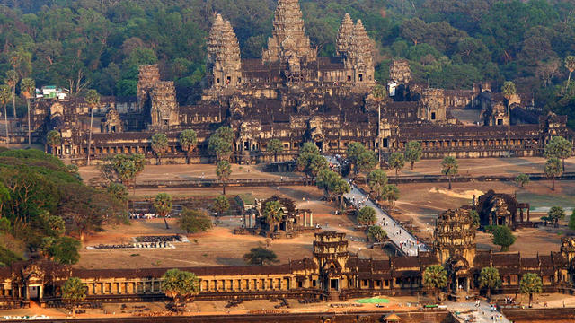 Siem Reap, CAMBODIA: An aerial view of the Angkor Wat temple in Siem Reap province some 314 kilometers northwest of Phnom Penh, 02 March 2007. Angkor is at the very heart of Cambodia's identity, and with nearly two million tourists coming to the country i