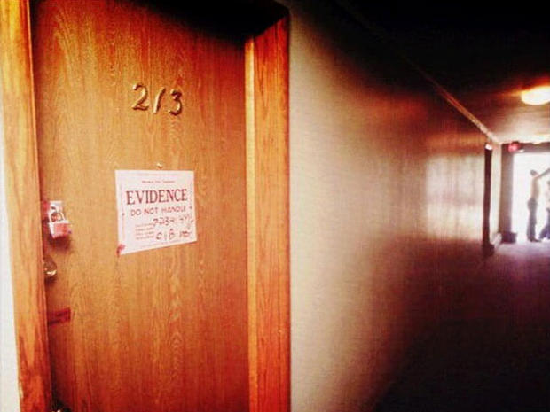 Jeffrey Dahmer S Apartment Milwaukee Wisc Famous Crime Scenes Pictures Cbs News