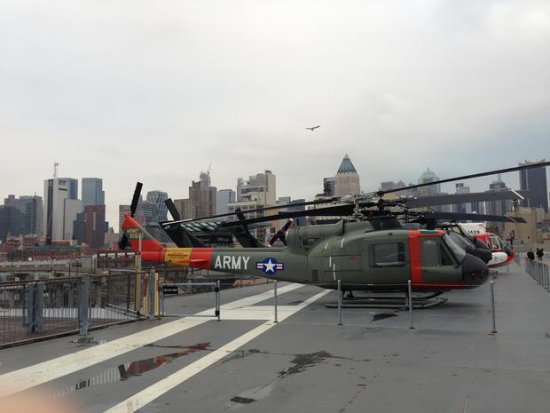 Behind-the-scenes look at military aircraft on NYC's Intrepid