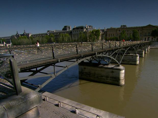 McCullough_Pont_des_Artes_2.jpg