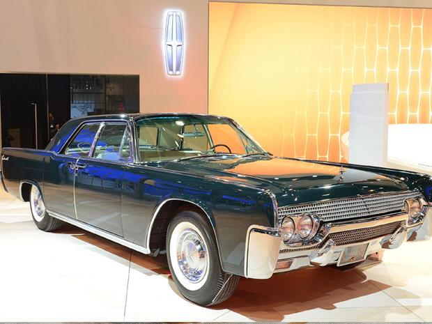 Lincoln-Continental.jpg