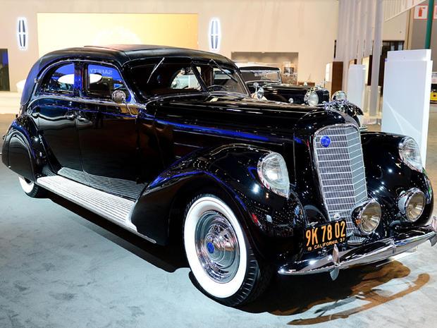 1937-Lincoln-Derham-Sport-Sedan.jpg