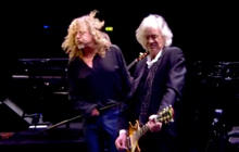 """Web Exclusive: Led Zeppelin performs """"Black Dog"""""""