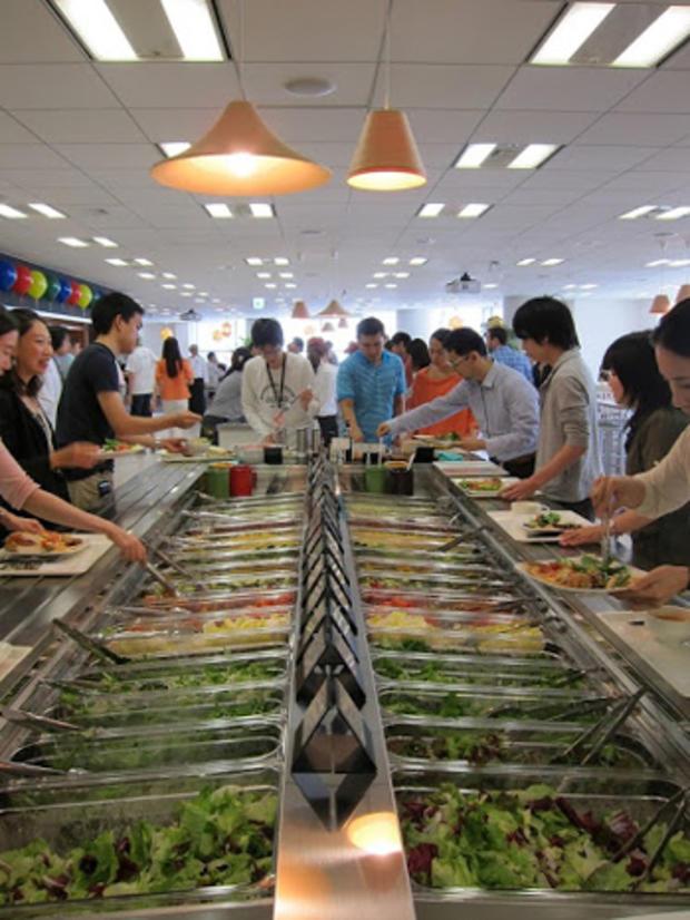 Tokyo_salad_bar.jpeg