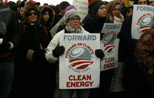 Thousands protest Keystone pipeline