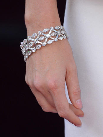 Red Carpet Jewelry Photo 1 Pictures Cbs News
