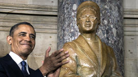 Rosa Parks honored with D.C. statue