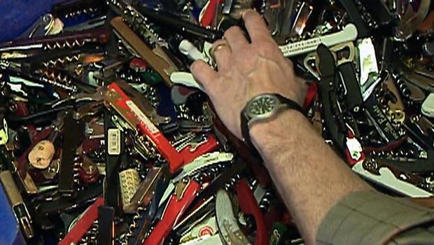 TSA to allow small knives on planes