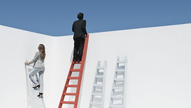 ladders_AP1112190151633.jpg