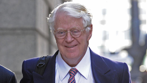Billionaire wins 380k in fake vintage wine fight cbs news for Koch 3 winde