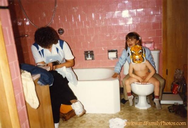 Toilet_Built_For_Two.jpg
