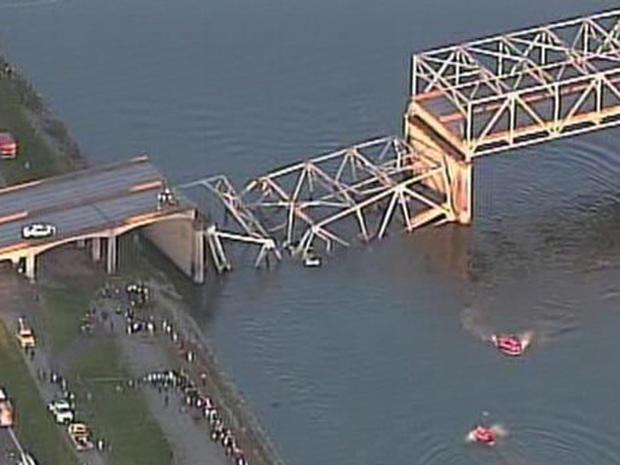 130523-Washington_bridge_collapse_2.jpg