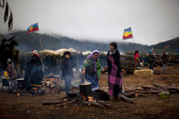 Chilean tribe struggles to reclaim land