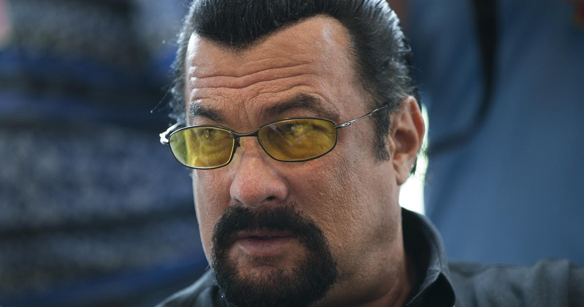 Steven Seagal charged with illegally touting cryptocurrency offering