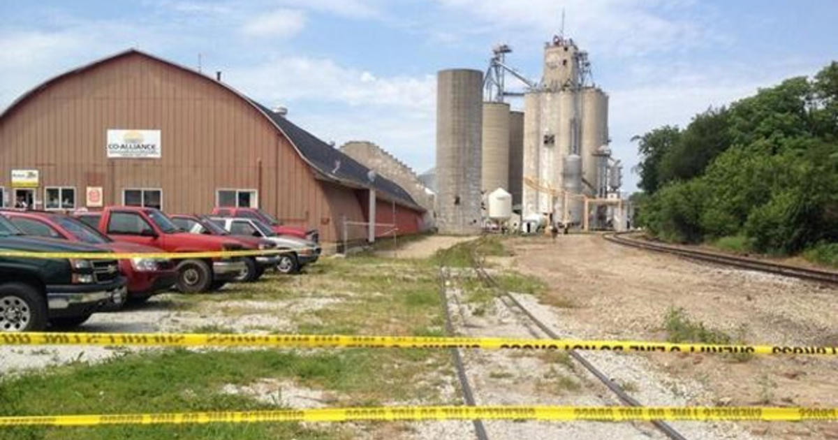 Indiana fertilizer plant explosion kills one person - CBS News