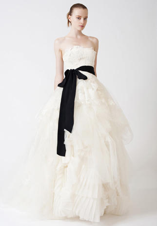 Vera Wang Bridals In Black White