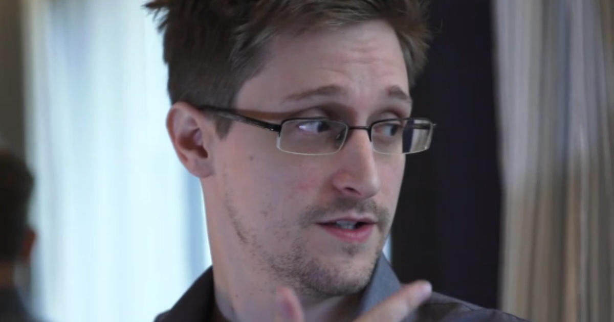the global hunt for edward snowden essay 'is whistleblowing worth prison or a life in exile': edward snowden talks to daniel ellsberg the post, about ellsberg's leaking of the pentagon papers.