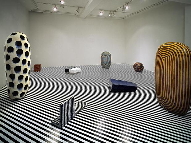 Kaneko_1991_Installation_GalleryTakagi.jpg