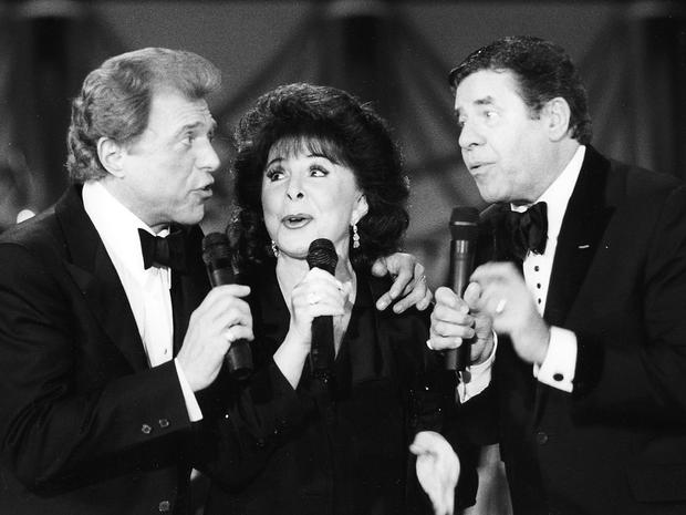 Steve Lawrence,left, Eydie Gorme, center, and Jerry Lewis during the MDA Telethon at the Sahara Hotel, Sept. 6, 1993.