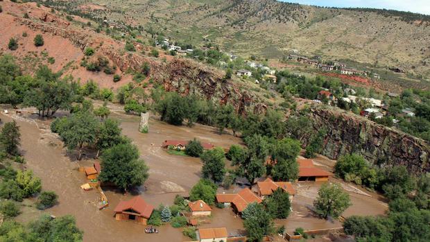 Colorado floods spur fracking concerns - CBS News