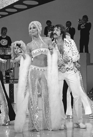 Five Decades Of Cher Outfits Photo 7 Pictures Cbs News