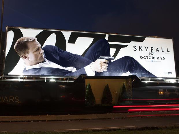 Billboard_Skyfall.jpg