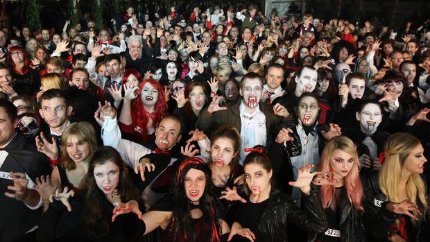 Vampires gather to break record