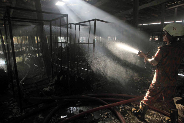 Deadly blaze in Bangladesh factory