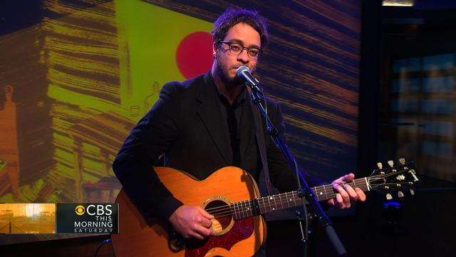 "Second Cup Cafe: Amos Lee performs ""Johnson Boulevard"""