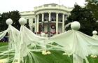 White House dons spooky decorations for Halloween
